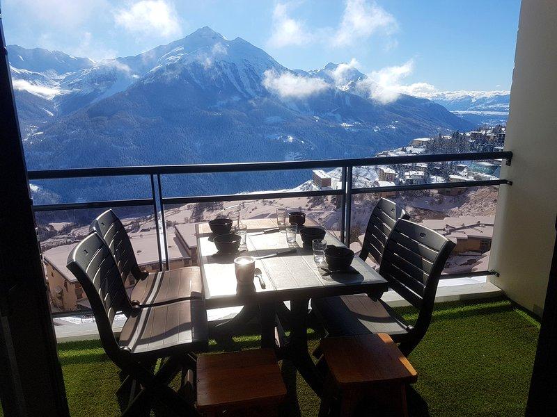 Amazing apt with mountain view, location de vacances à Orcières