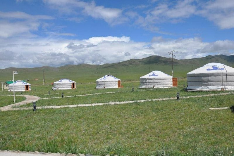 Mongolian Ger Camping nearby Genghis Khan Statue (11), holiday rental in Ulaanbaatar