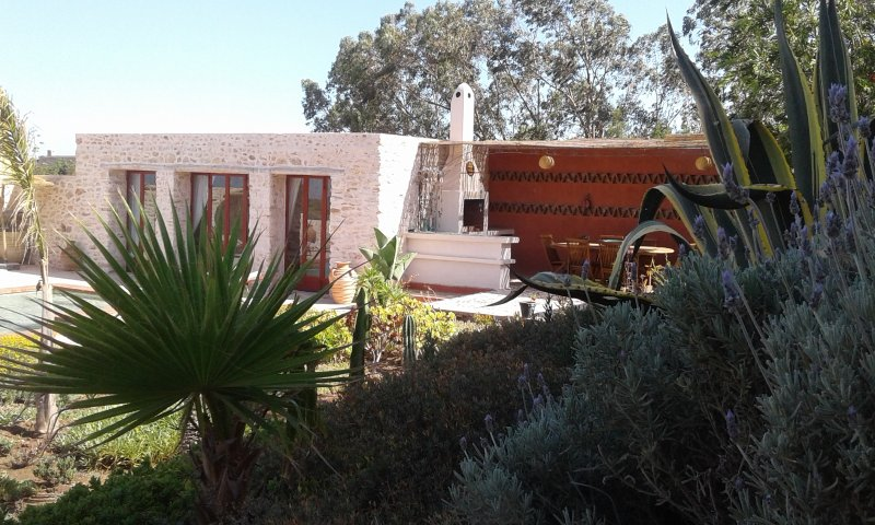 Spacious villa with swimming-pool, holiday rental in Essaouira