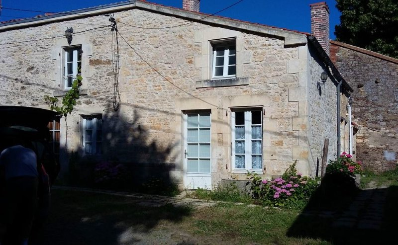 Amazing house with garden & Wifi, holiday rental in Thouarsais-Bouildroux