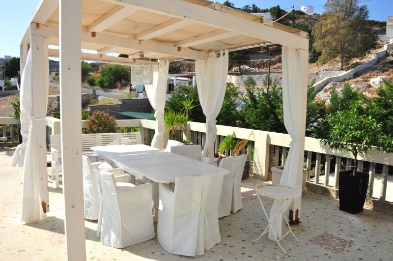 Amazing apartment with sea view, holiday rental in Kimolos