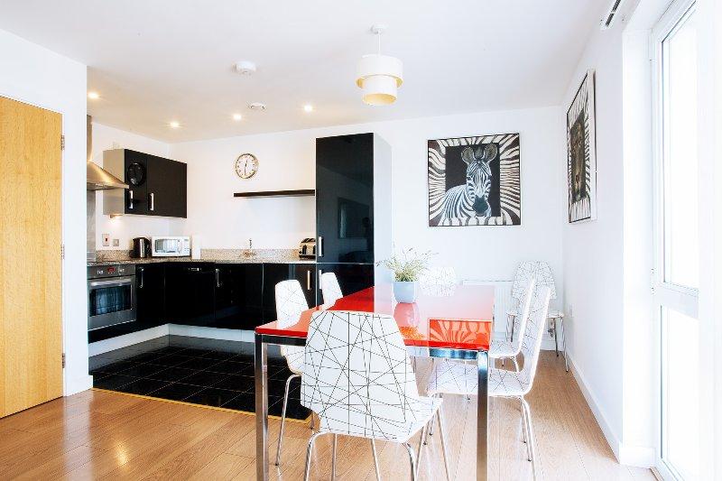 Riverfront 3 BR Apartment, O2,  Excel Ref:090, aluguéis de temporada em Londres