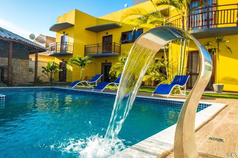 Atlantica Apartamentos Imbassai, holiday rental in Imbassai