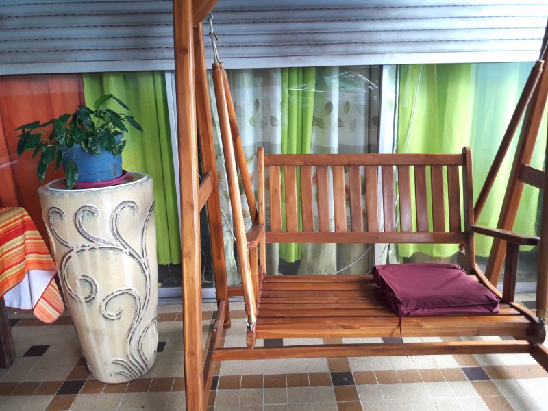 Nice apartment with sea view & Wifi, vakantiewoning in Fort-de-France