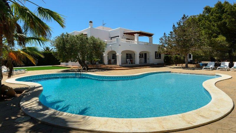 Villa Fleur, holiday rental in Sant Jordi