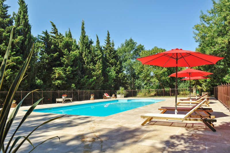 Beautiful house with pool access, holiday rental in St Chamas