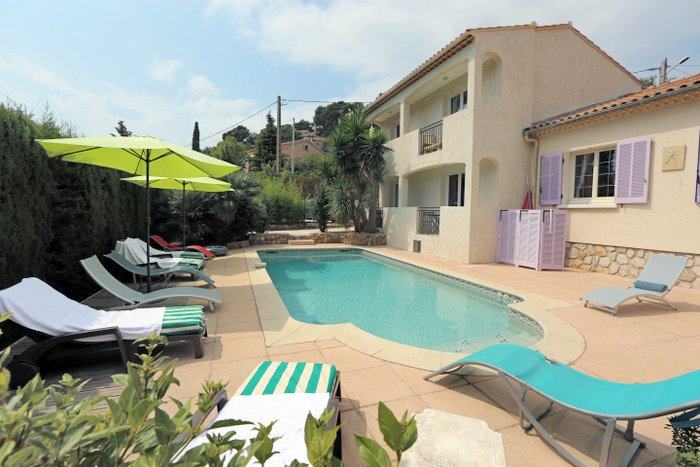 location studio, vacation rental in Le Pradet
