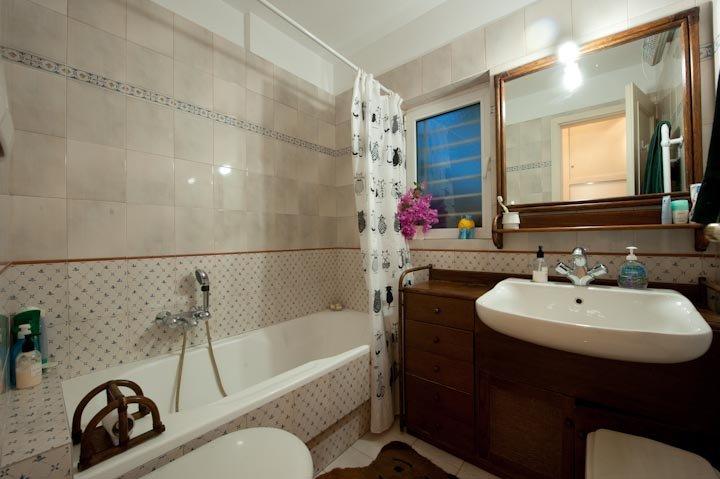 gran cuarto de baño. siempre agua caliente