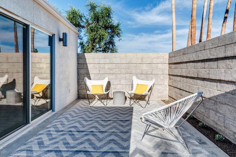 Private Guest Terrace