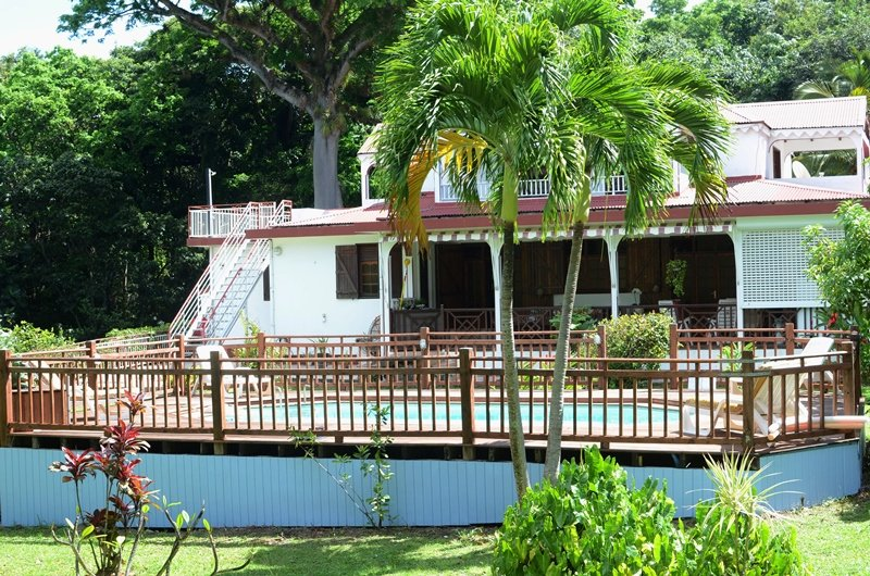 Spacious apt with swimming-pool, vacation rental in Deshaies