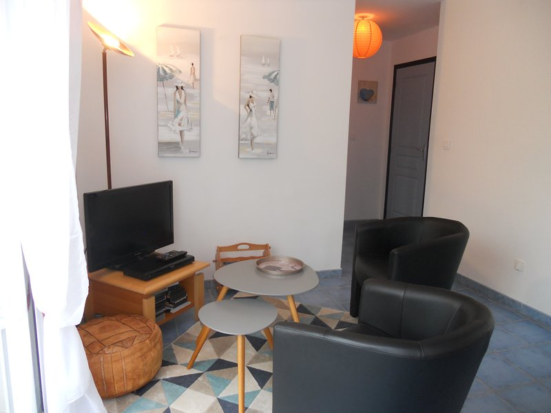 Nice house with garden & terrace, vacation rental in Lannion