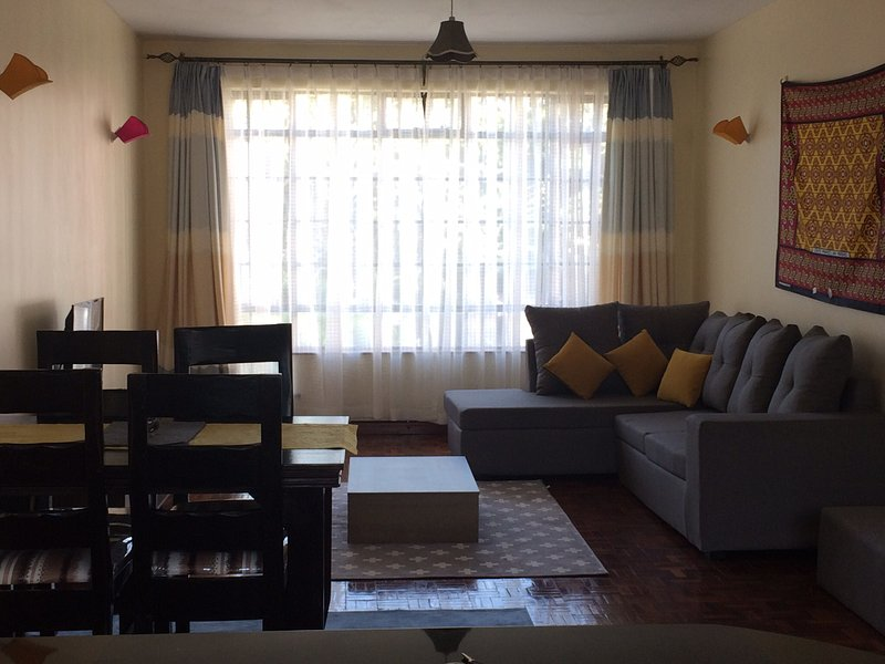 Spacious two bedroom apartment in Valley arcade, Lavington, aluguéis de temporada em Nairóbi