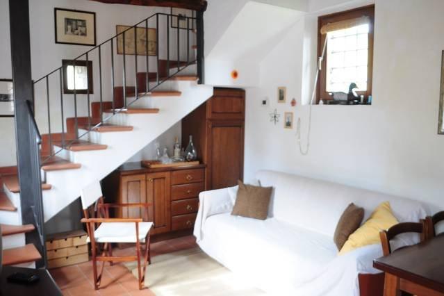 CASA SILVIA A piedi dalle Mura AC, holiday rental in Pozzuolo