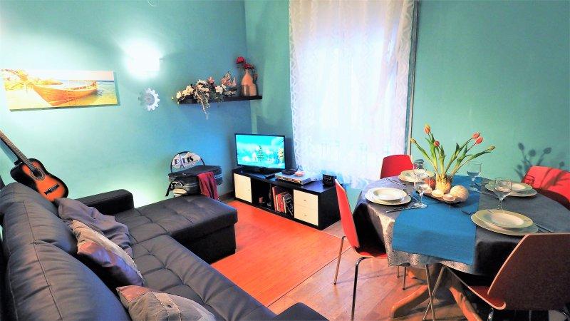 living / dining room, TV; DVD, Wifi-internet