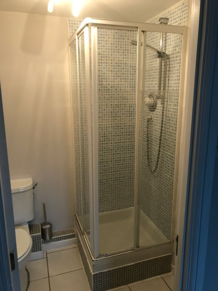 Ensuite bathroom with shower to master bedroom