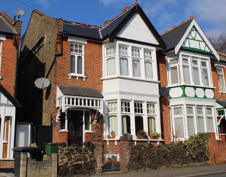 London Holiday Home, holiday rental in Chigwell