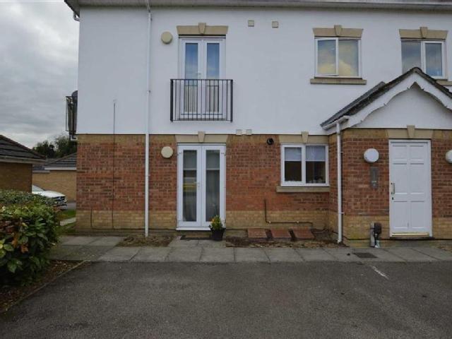 Ground floor with own front door 24/7/365 key access