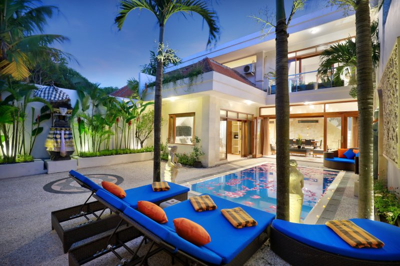 Villa Mawar Legian - 3 bedroom villa in fabulous location., holiday rental in Legian
