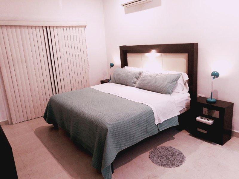 Luxurious & Ellegant Villa 1, location de vacances à Merida