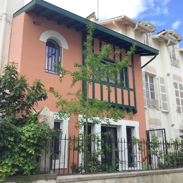 Nice house near the beach & terrace, vacation rental in Biarritz