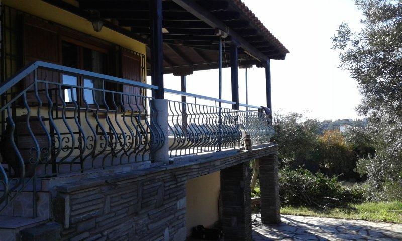Beautiful house with sea view, casa vacanza a Nea Potidea