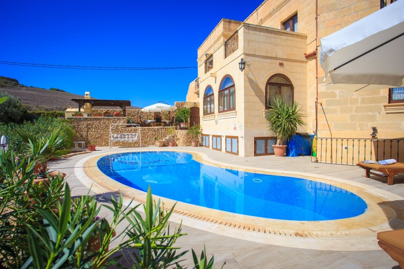 Gorgeous Gozo at its best, come and see for yourself ! Deck area, swimming pool and outdoor kitchen