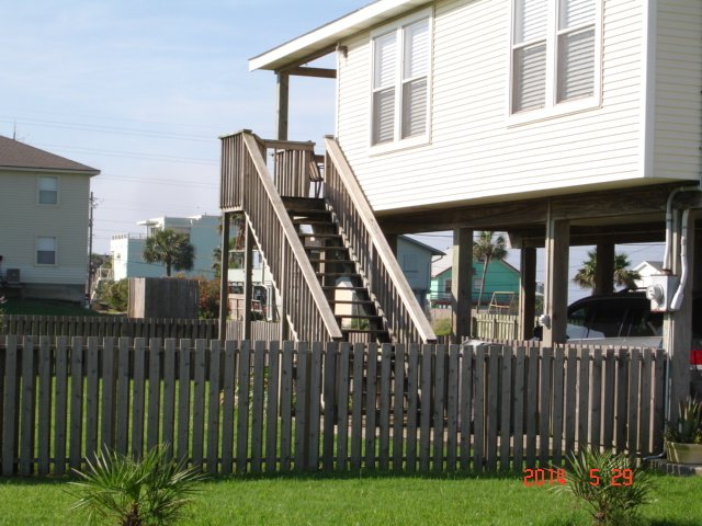 Fenced Yard for Children and Pets