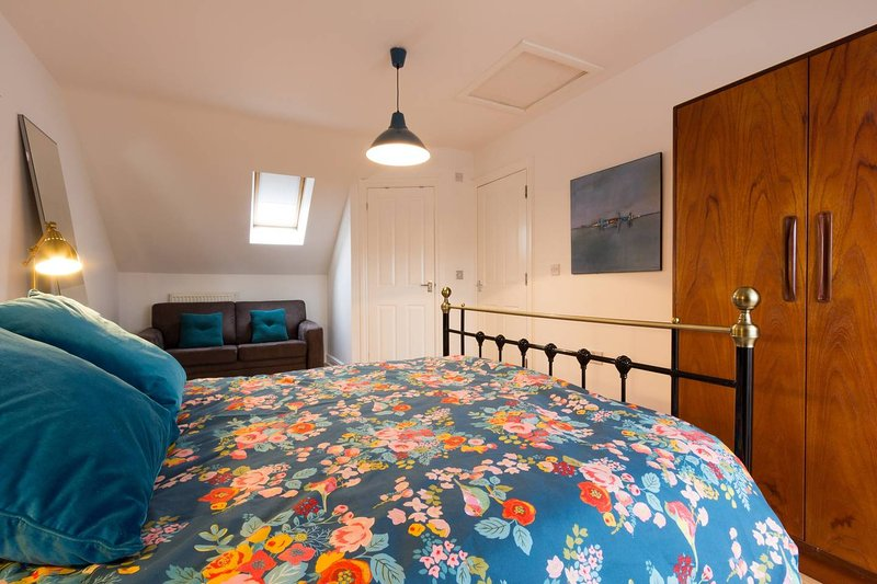 3 bed house with parking for two cars, holiday rental in Whitstable