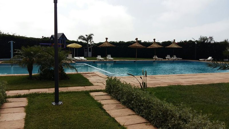 Beautiful apt with shared pool, holiday rental in Grand Casablanca Region