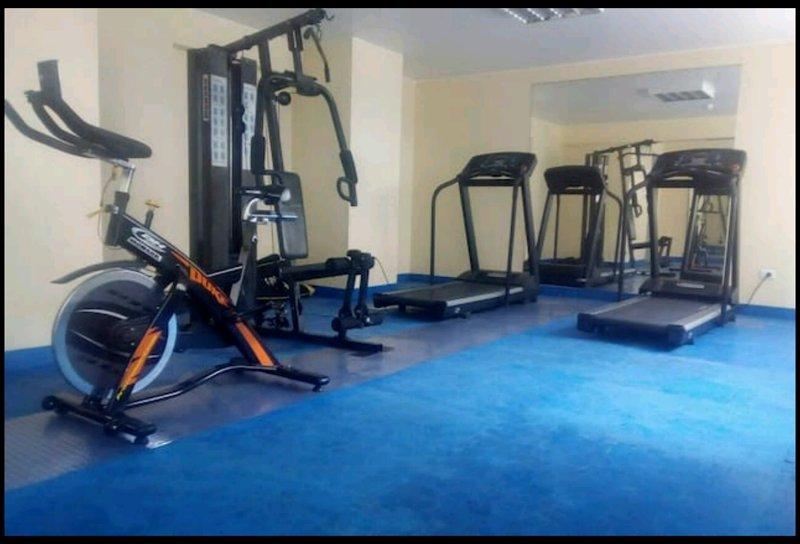 Gym (daily fee s/5)