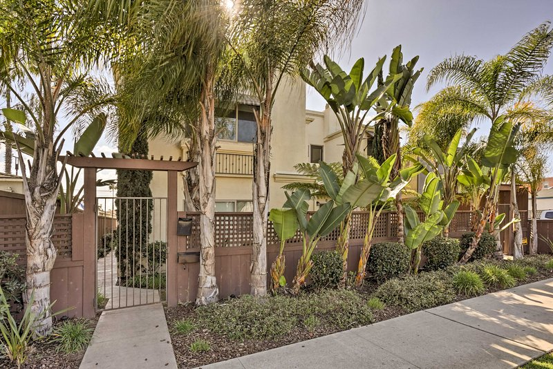 Situated in the heart of Pacific Beach, this townhome places you within walking distance from several area attractions.