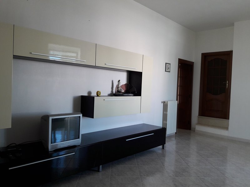 Apartment with swimming-pool, holiday rental in Savelletri