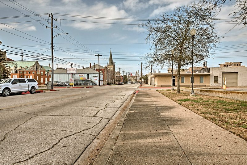 This apartment grants easy access to all the best of Galveston's attractions!