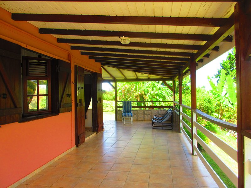 Beautiful house near the beach, holiday rental in Goyave