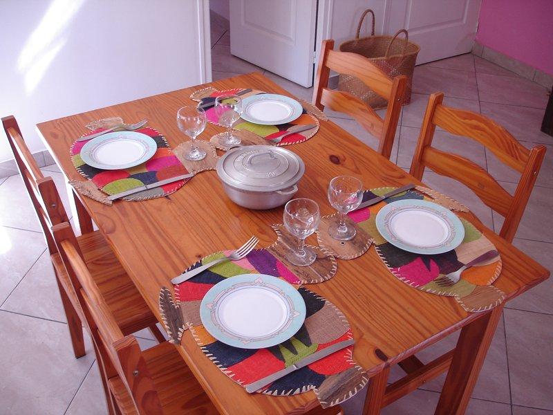 Nice apartment with garden & Wifi, location de vacances à Le Ouaki