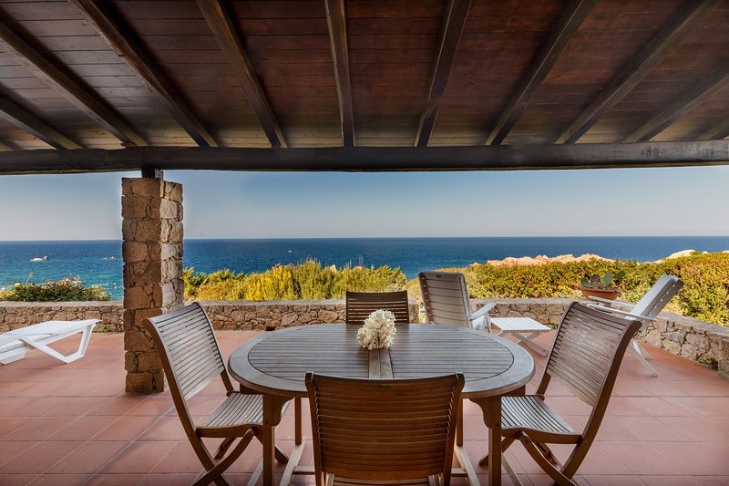 Villetta Ambra with amazing sea view, vacation rental in Costa Paradiso