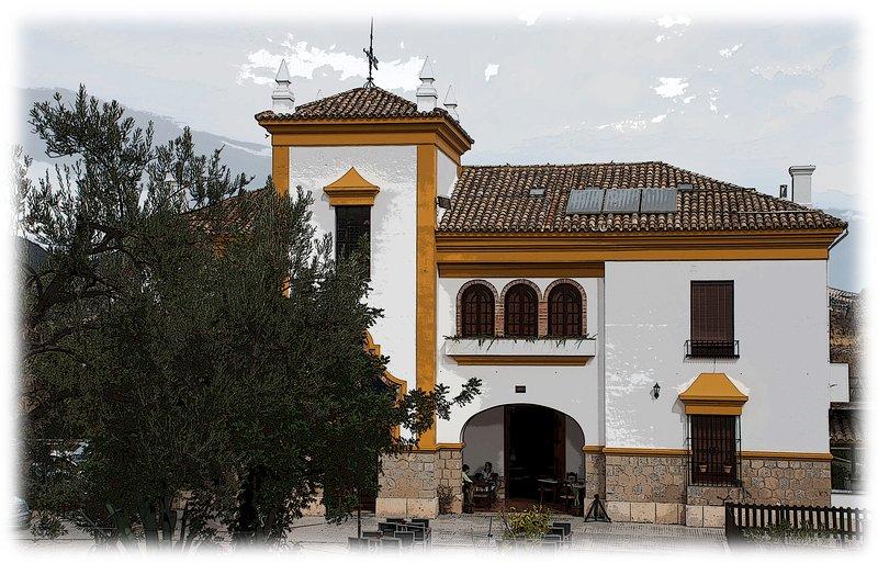Hostal y Alojamientos Turísticos Vía Verde de la Sierra, aluguéis de temporada em Moron de la Frontera