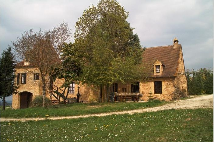Big house with swimming-pool & Wifi, holiday rental in Plazac