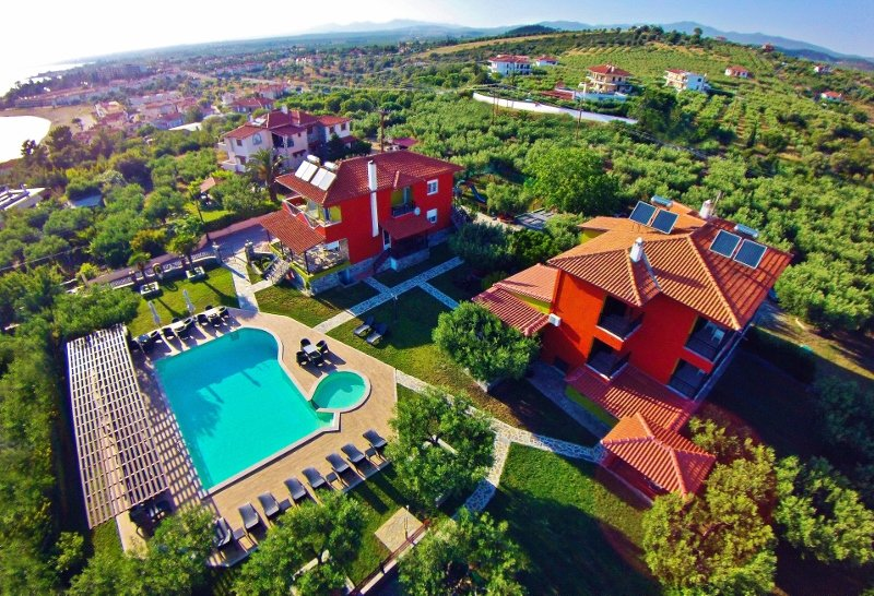 SUNDAY RESORT elegant apartment, holiday rental in Polygyros