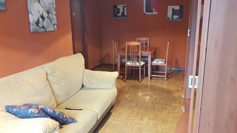 Apartamento raices nuevo.salinas castrillon.Asturias, casa vacanza a Naveces