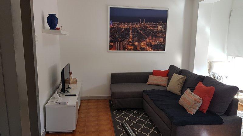 B.O.D APARTAMENTS COLLBLANC ZONA CAMP NOU, vacation rental in Cornella de Llobregat