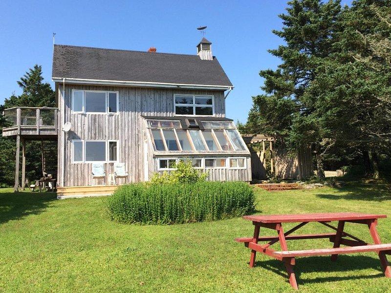 Black Point Cottage i Rockland, Nova Scotia komplett med picknickområde