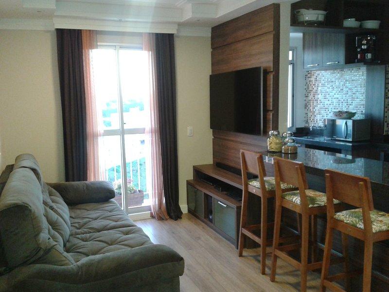 Locacao Apartamento para temporada proximo a Embraer, CTA, INPE, Humanitas, vacation rental in Sao Jose Dos Campos