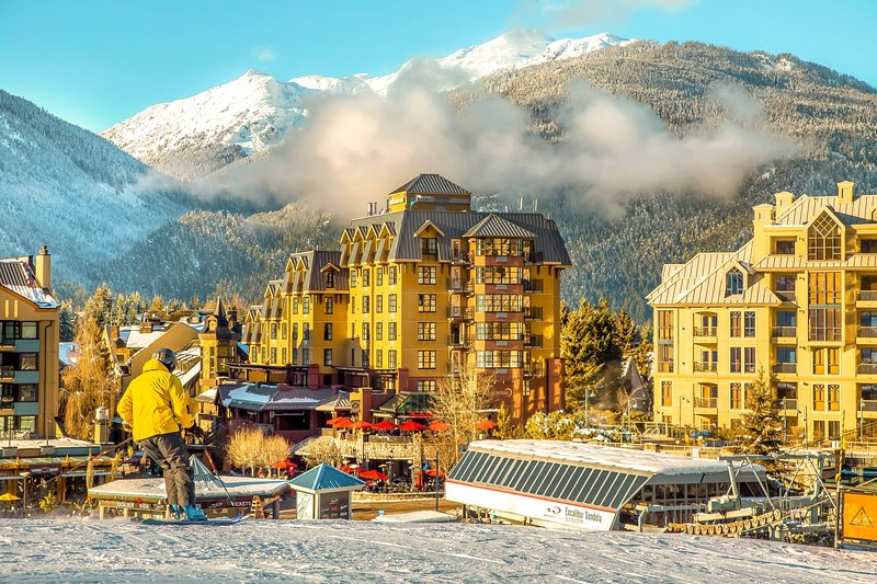 One-of-a-Kind! Slopeside Suite with Fireplace and Views of Rainbow Mountain Chalet in Whistler