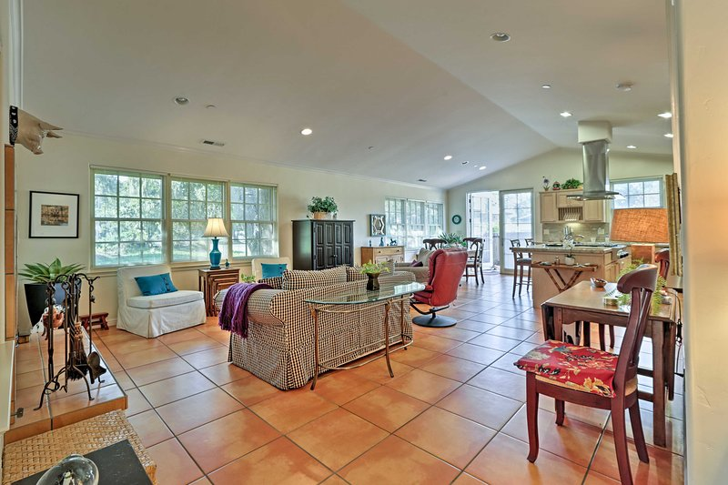 Una vacanza romantica attende fino a 4 ospiti in questa casa vacanze.