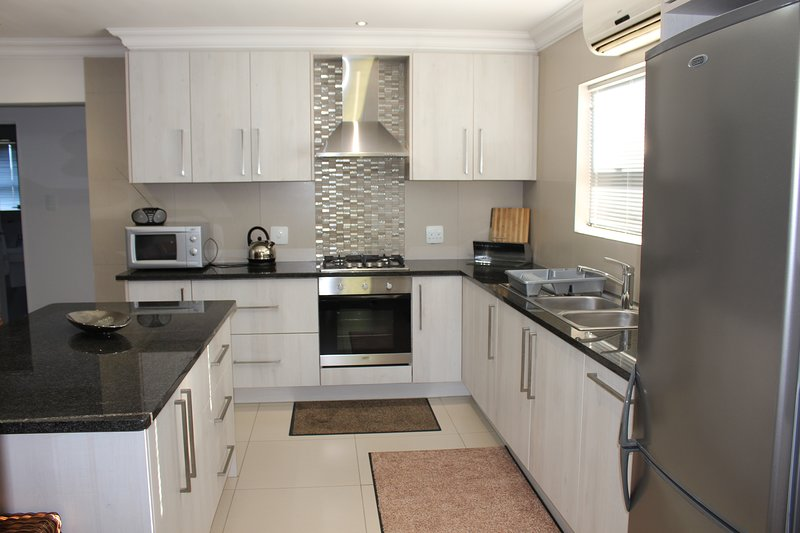 Vredekloof Accommodation Fully Self Catering Unit, alquiler vacacional en Kenridge