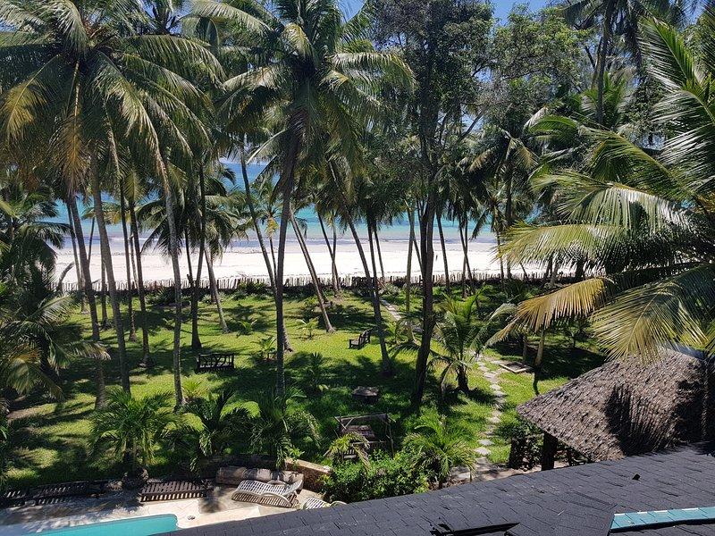 PARADISE     Kivulini Beach Villa Absolute Beach Paradise., vacation rental in Galu Beach