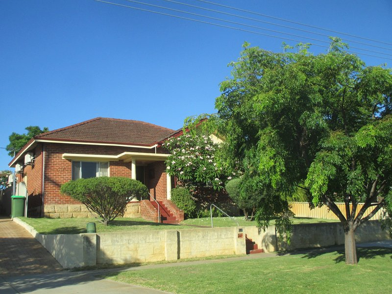 Luscious green lawns greet our guests at the front of the house