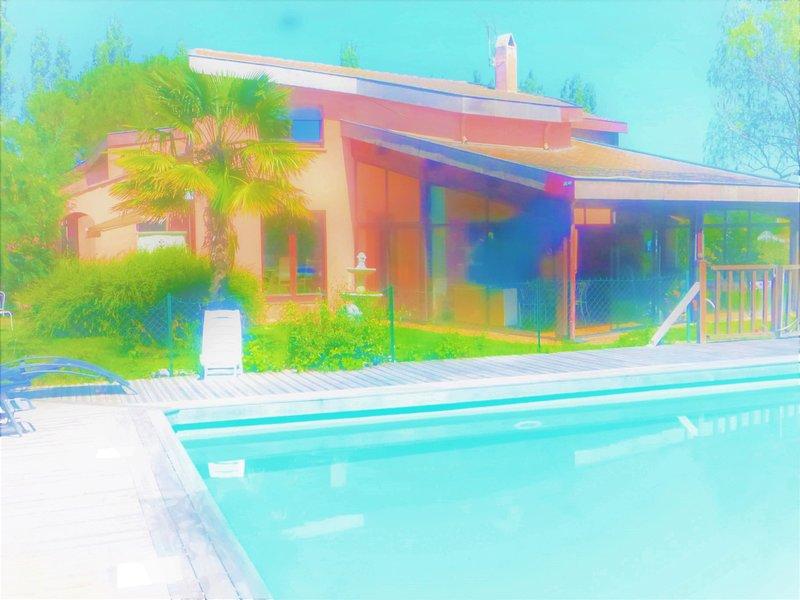 logement 90M2. Campagne 25 KM TOULOUSE, vacation rental in Lagardelle-sur-Leze