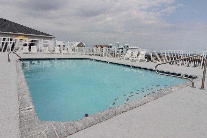 tiro adicional de piscina e terraço